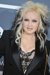 Cyndi Lauper photo 1