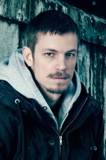 Joel Kinnaman photo 5