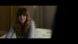 Colossal Extrait (2) VO