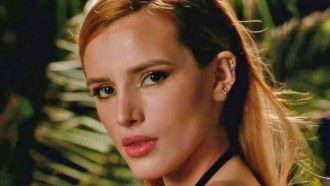 Famous in Love Bande-annonce VO